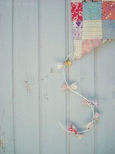 decorative fabric kite tutorial
