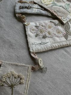 gentlework: Botanical Bunting Umbellifer french knots and beads - beautiful! Embroidery Art, Cross Stitch Embroidery, Machine Embroidery, Flower Embroidery, Japanese Embroidery, Embroidered Flowers, Embroidery Patterns, Sewing Crafts, Sewing Projects