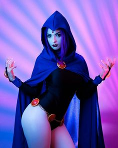 Raven cosplay from TeenTitans Cosplaye Stupid Guys, Cosplay Characters, Best Cosplay, Awesome Cosplay, Brunette Beauty, Teen Titans, Cosplay Girls, Cosplay Costumes, Aurora Sleeping Beauty