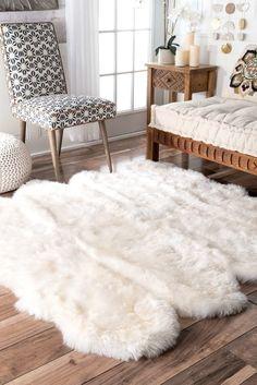 Alexa Sexto Sheepskin/ Wool Shag Rug - x (White - x Nuloom Teen Room Decor, Bedroom Decor, Bedroom Ideas, Bedroom Rugs, Bedroom Carpet, Bedroom Office, Faux Fur Area Rug, Faux Sheepskin Rug, Natural Area Rugs