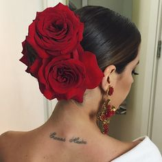 Flamenco hair for my Dinner look with classic makeup -Grace Spanish Hairstyles, Mexican Hairstyles, Quince Hairstyles, Bun Hairstyles, Wedding Hairstyles, Rosa Style, Quinceanera Hairstyles, Mexican Dresses, Bridal Hairstyles