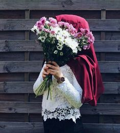 Find images and videos about girl, hijab and d on We Heart It - the app to get lost in what you love. Hijabi Girl, Girl Hijab, Hijab Outfit, Arab Girls, Muslim Girls, Muslim Women, Niqab Fashion, Street Hijab Fashion, Fashion Outfits