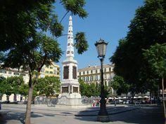Esta es la Plaza de la Merced, Picasso vivió en esta plaza.