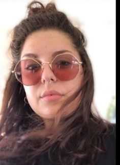 Round Sunglasses, Sunglasses Women, Fashion, Italia, Moda, Round Frame Sunglasses, Fashion Styles, Fashion Illustrations