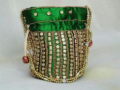 Queen's Potli Bag - green. royalcraft.in@gmail.com