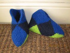 Hvordan strikke sammen istedet for å sy; H Design, Dere, Diy And Crafts, Knit Crochet, Slippers, Socks, Knitting, Crochet Ideas, Fashion