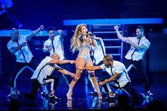 Yet Another Old Cliché: Jennifer Lopez começa novo ano em grande