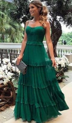 Espaguete Longo A linha Verde Chiffon Vestidos de baile, Vestidos de noite - Prom Dresses - Vestido de Festa Elegant Dresses, Pretty Dresses, Beautiful Dresses, Sexy Dresses, Long Dresses, Summer Dresses, Casual Dresses, Tight Dresses, Fall Formal Dresses