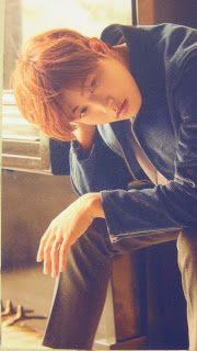 kpop scans: U-kwon ( Block B ) - Blooming Period photocard + autograph