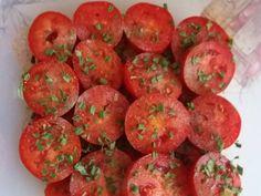 Paradicsomsaláta olajban recept lépés 2 foto Ethnic Recipes, Food, Essen, Meals, Yemek, Eten
