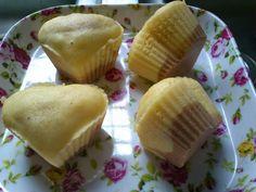 蒸芝士小蛋糕 Steamed Little Cheese Cake Cheesecake, Steam Recipes, Steamed Cake, Little Cakes, Sponge Cake, Bento, Baking Recipes, Muffin, Lunch