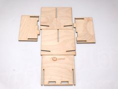 e-Raptor Podajnik na karty DIY (Card Holder) Onyks Game Design, Modern Games, Card Sizes, Diy Cards, Bamboo Cutting Board, Board Games, Card Holders, Diy Projects, Design Inspiration