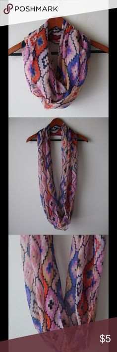 "Geoprint infinity scarf Geoprint design infinity scarf - lightweight - polyester - 34"" x 20"" Accessories Scarves & Wraps"