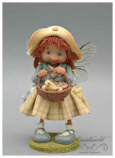 fairy puppets / fotogalerij | enaidsworld Polymer Clay Fairy, Polymer Clay Christmas, Polymer Clay Dolls, Rock Crafts, Crafts To Make, Clay Fairies, Fairy Figurines, Baby Fairy, Decorated Jars