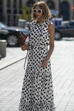 Paris Haute Couture street style: How to wear a middle hair part
