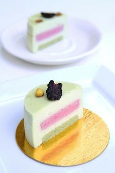 Sicile: Pistachio Jacone and Blackberry Mousse Cake. #gourmet #dessert