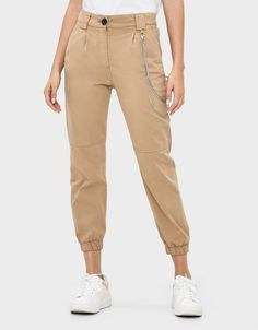 Discover this and many more items in Bershka with new products every week Fashion News, Joggers, Khaki Pants, Trousers, Outfits, Shopping, Collection, Woman Clothing, Trouser Pants