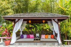Exterior design Ideas For Modern Gazebo Hot Tub Gazebo, Backyard Gazebo, Enclosed Gazebo, Modern Gazebo, Large Gazebo, Garden Pavilion, Built In Bench, Contemporary Interior Design, Pergola Designs