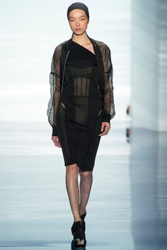 Vera Wang - Spring 2014 Ready-to-Wear - Look 4 of 41