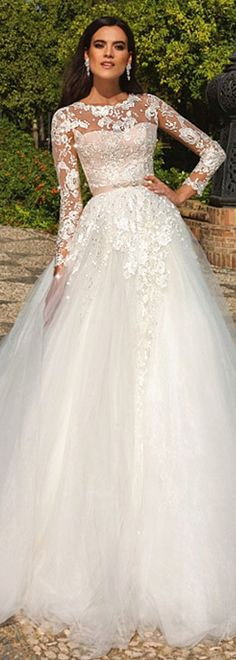 Fabulous Tulle & Satin Jewel Neckline A-Line Wedding Dresses With Lace Appliques