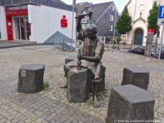 ... scultura in bronzo : fabbro ... Wipperfürth (D) - 04/07/2015   -  © Umberto Garbagnati -