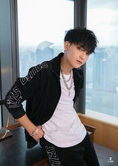 Chanyeol, Tao Exo, Chinese Babies, Chinese Boy, Qingdao, Drama Eng Sub, Rapper, Dramas, Huang Zi Tao