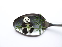 Delightful Food Art Of Animals, Pop Culture Characters Created On Spoons - DesignTAXI.com
