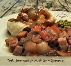 J'avais le goût d'un classique alors je me dis pourquoi pas un bœuf tofu bourguignon! L'utilisation de la mijoteuse pour réaliser cette recette de tofu bourguignon est un plus mais ce n'est pas indispensable. Si vous n'avez pas de mijoteuse, vous pouvez faire cuire le …