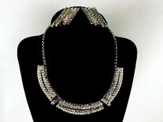 GORGEOUS AURORA BOREALIS CRYSTAL RHINESTONE NECKLACE EARRING SET #Unbranded