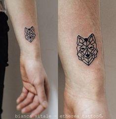 Tattoo small tiny tattoo ideas detailed tattoo by etherea tattoo small Detailliertes Tattoo, Cuff Tattoo, Wolf Tattoo Sleeve, Body Art Tattoos, New Tattoos, Cool Tattoos, Tattoo Wolf, Tiny Tattoo, Bicep Tattoos