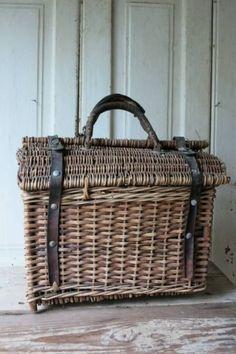 French Baskets, Old Baskets, Vintage Baskets, Wicker Picnic Basket, Wicker Baskets, Sisal, Old Wicker, Bountiful Baskets, Newspaper Basket