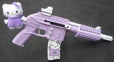 Hello Kitty Gun, Hello Kitty Items, Hello Kitten, Creepy Cute Fashion, Wie Zeichnet Man Manga, Knife Aesthetic, Pink Guns, Pastel Punk, Pretty Knives