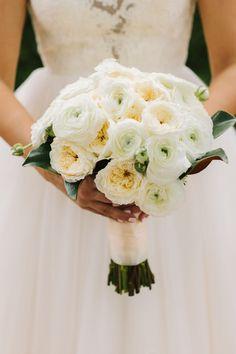 Photography: Anahi Weddings - www.anahiweddings.com  Read More: http://www.stylemepretty.com/2014/06/27/elegant-outdoor-brownsville-wedding-at-utb/