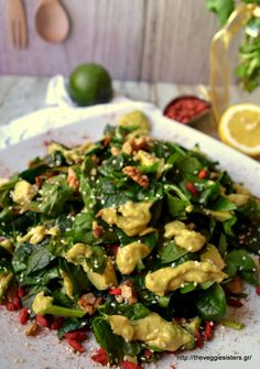 Go Organic with Goji Berries Healthy Recipe - Healthy Food Raw Diets Avocado Recipes, Healthy Recipes, Healthy Food, Cooking Time, Cooking Recipes, Fruits And Veggies, Vegetables, Salad Bar, Appetisers