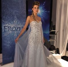 An Elsa wedding gown? Plus the first look at the other 2015 Disney Wedding Gowns from Alfred Angelo - OMG i would have died to eat something like this ago! I definitely need to renew my vows to be able to do it all over again! Frozen Wedding Dress, Disney Wedding Gowns, Disney Wedding Rings, Disney Inspired Wedding, 2015 Wedding Dresses, Frozen Wedding Theme, Frozen Dress, Disney Weddings, Disney Dresses