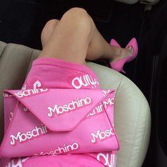 Barbie for Moschino Barbie Life, Barbie World, Kylie Minogue, Fashion Labels, Fashion Bags, Fashion Ideas, Sac Moschino, Franco Moschino, New Outfits