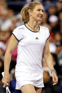 Steffi Graf Photos - Steffi Graf of Germany participates in Hit for Haiti, a charity event during the BNP Paribas Open on March 2010 in Indian Wells, California. Steffi Graf, Tennis Players Female, Bnp, Tennis Championships, French Open, Tennis Stars, Charity Event, Haiti, Indian