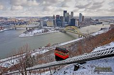 Wintry Pittsburgh Scene and the Duquesne Incline. - PittsburghSkyline.com