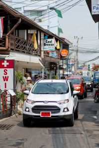 Driving the #Ford #EcoSport through Hua Hin Thailand as part of the #EcoSportDrive campaign #JennieVickers #Zeopard #Thailand - Follow the link to read my review