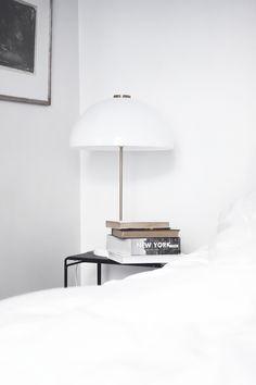 the cozy space Home Bedroom, Modern Bedroom, Bedroom Decor, Minimal Bedroom, Bedroom Lighting, Bedroom Ideas, Home Interior Design, Interior Architecture, Interior Decorating