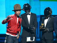 http://www3.pictures.zimbio.com/gi/56th+GRAMMY+Awards+Show+DS6sOEUO1aAl.jpg