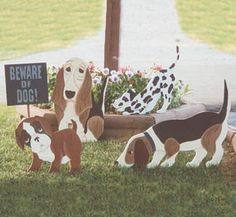 Watch Dogs Woodcrafting Pattern Four watch dogs to decorate your yard. #diy #woodcraftpatterns