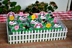Baby animals farm birthday parties 58 Ideas for 2019 Farm Animal Cupcakes, Farm Animal Party, Farm Animal Birthday, Farm Birthday, 3rd Birthday Parties, Barnyard Cupcakes, Birthday Ideas, Farm Themed Party, Barnyard Party