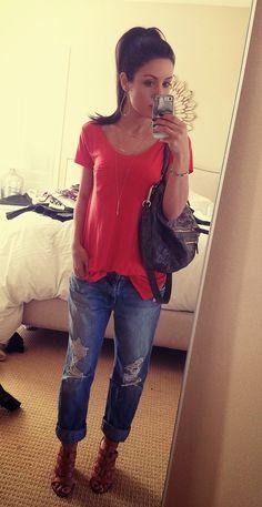 Tshirt / Jeans / Heels