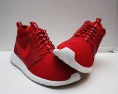 separation shoes 4baf0 9c97a Nike Roshe Run Rosherun Size 9 - Gym Red Chlng Red White Crimson - FA14  Sample