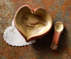 I have been a collector of little things for as long a I can remember. My aunt gifted me with a sweet little lidded ceramic heart dish when I was about 9. I collected a few over the years in various materials and sizes so it is no wonder that I should have a fascination with all things heart shaped.