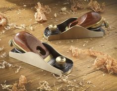 Clifton block plane - cast from bronze with bubinga cap. Made in Sheffield