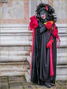 carnaval-de-venise-masques-costumes