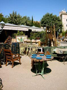 L'Isle-sur-la-Sorgue antique markets  photo by Lisa Bick