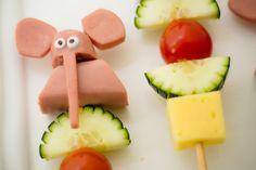 Una muy creativa brocheta de verduras que le encantará a tus niños para una…